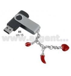 8GB USB PEN C / LUCKY CHARMS