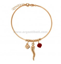 RIGID WIRE BRACELET WITH HORN, HEART AND QUADRIFOGLIO PENDING IN SILVER ROSE TIT 925 ‰ AND ENAMEL