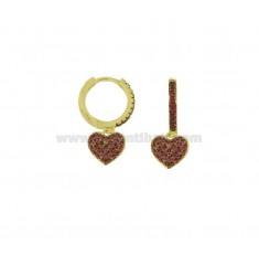 EARRINGS IN A CIRCLE WITH A PENDANT HEART IN GOLDEN SILVER TIT 925 AND RED ZIRCONIA