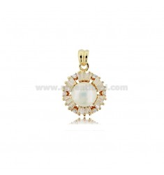 PENDANT WITH PEARL MM 8 AND BAGUETTE OF WHITE ZIRCONS IN ROSE SILVER TIT 925