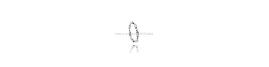 SOLITAIRE AND ETERNITY RINGS